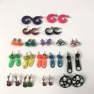 18 Pairs Claire's Earrings Zippers Guitars Shapes